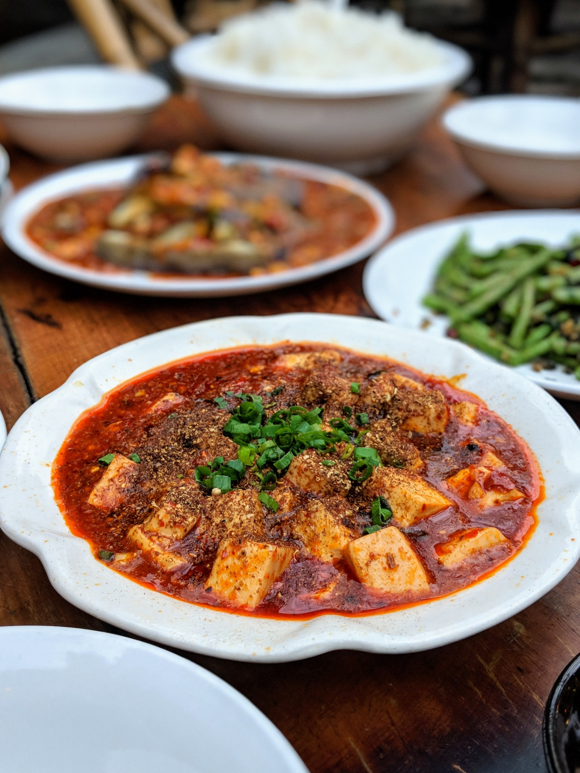 Tofu mit Hoisin Sauce perfekt marinieren